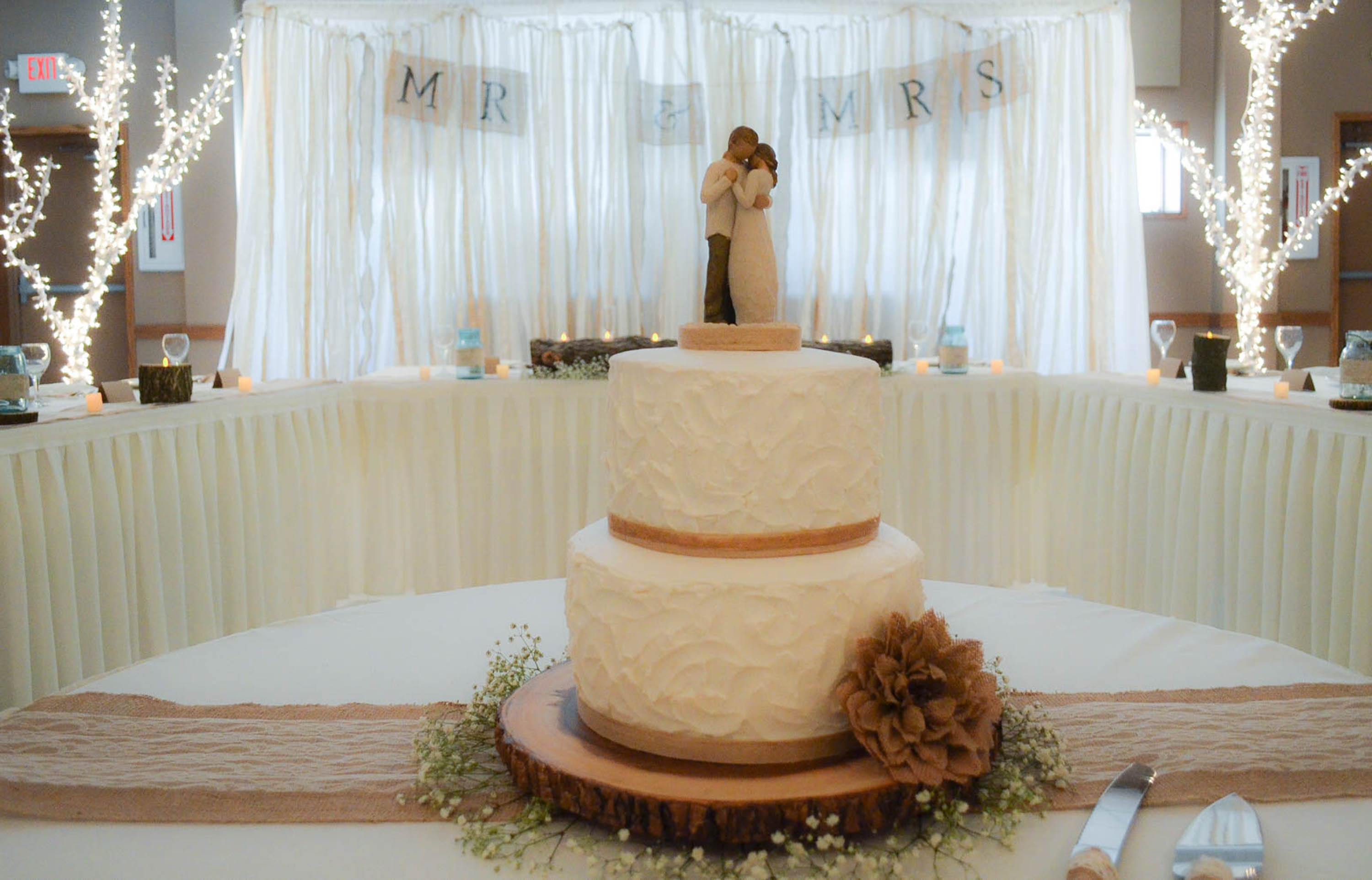 Cake Table Decoration Country Wedding Plowing Through Life